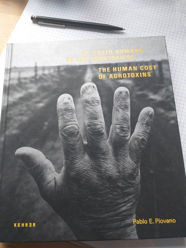 "Buch ""The Human Cost of Agrotoxins"""